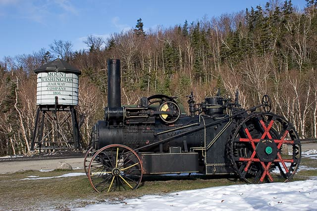 IMAGE: http://www.itsanadventure.com/postimages/Train_54358.jpg